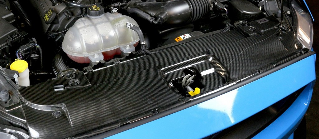 2015_Mustang_Cooling-plate_installed_LR_1 (2)